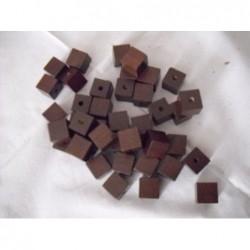mahagonové dřevěné kostky